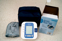 Omron HEM-7203 Blood Pressure Monitor